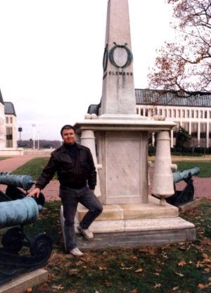 Jim at Mexican War memorial Annapolis