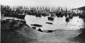 """""""Abandoned ships"""" off Rincon Point, as seen from Happy Valley, from a panorama of San Francisco, 1851. San Francisco Maritime National Historical Park, J. Porter Shaw Library, A11.16541 n."""