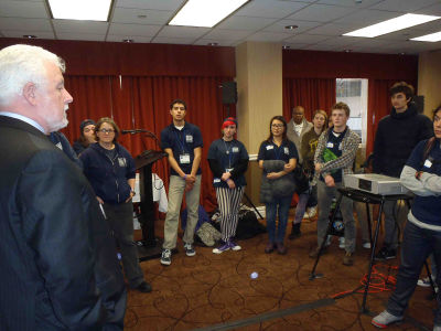 Jim-taking-to-Harbor-School-students-Seacaucus-NJ-March-2014-2